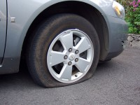 flat tire, how to change a tire